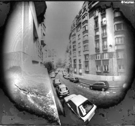 De la fenêtre du 1er étage du 10, rue Le Dantec dans le 13eme. Une vie ici a Paris
