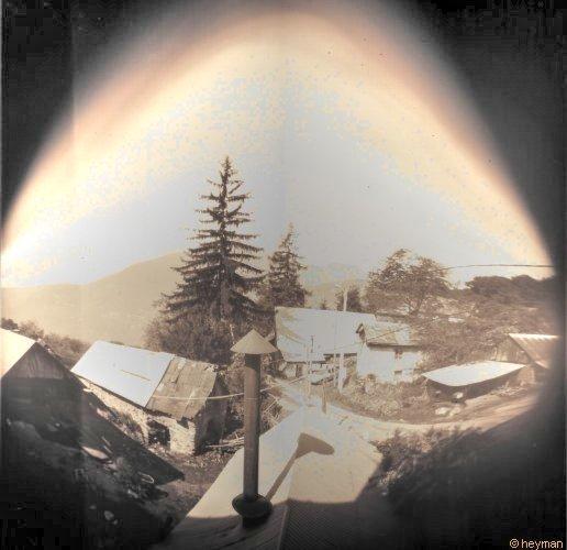 De ma fenêtre des Thibauds, cote l'ancien forgeron sorcier